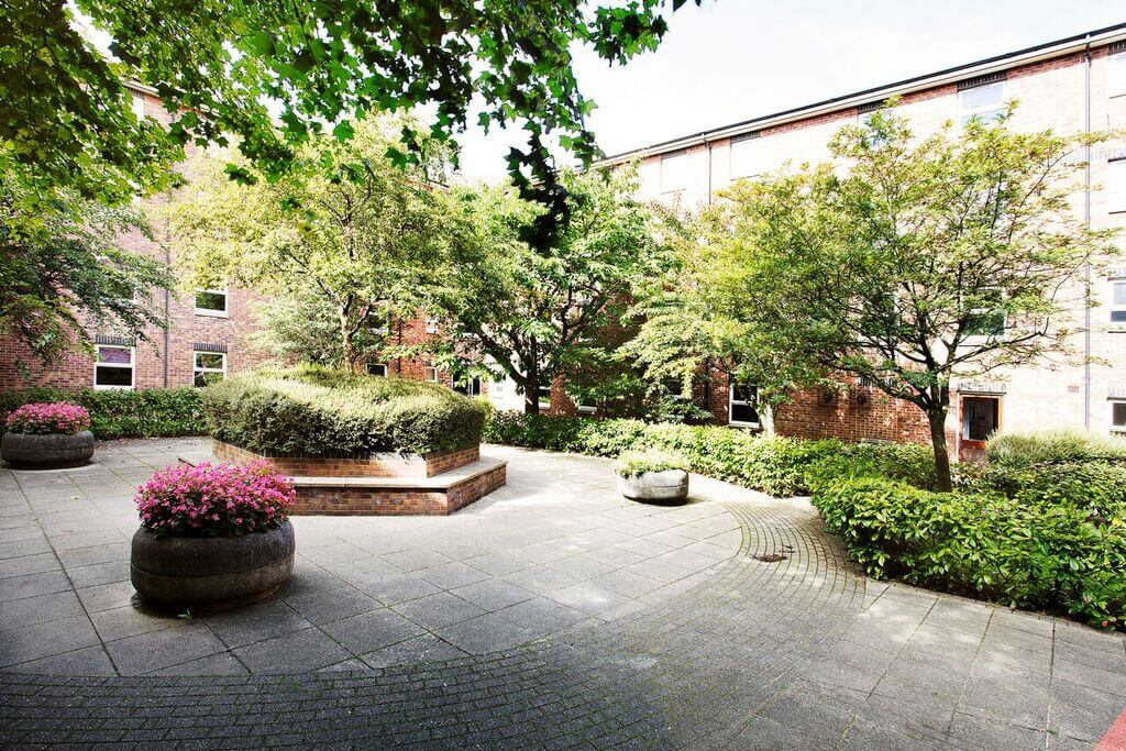 Courtyard at St Christopher's Court