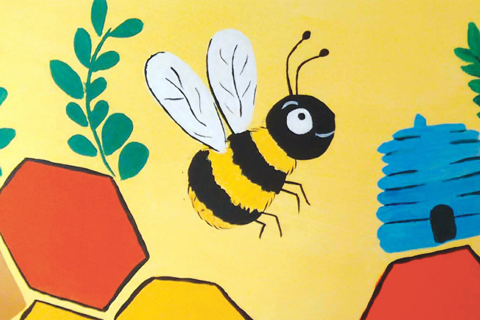 A painting of a bumblebee on the University's Ram.