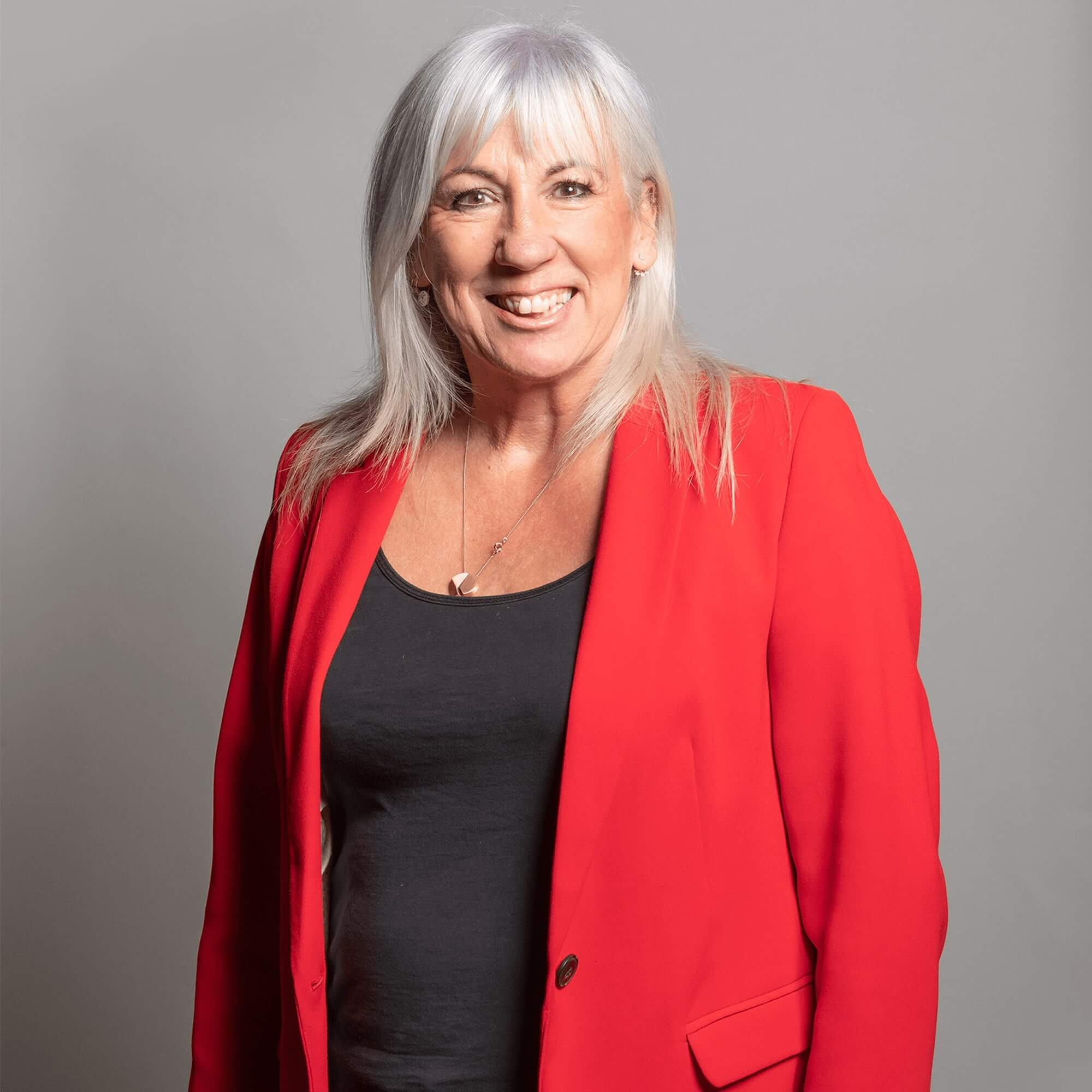 Portrait picture of Amanda Solloway