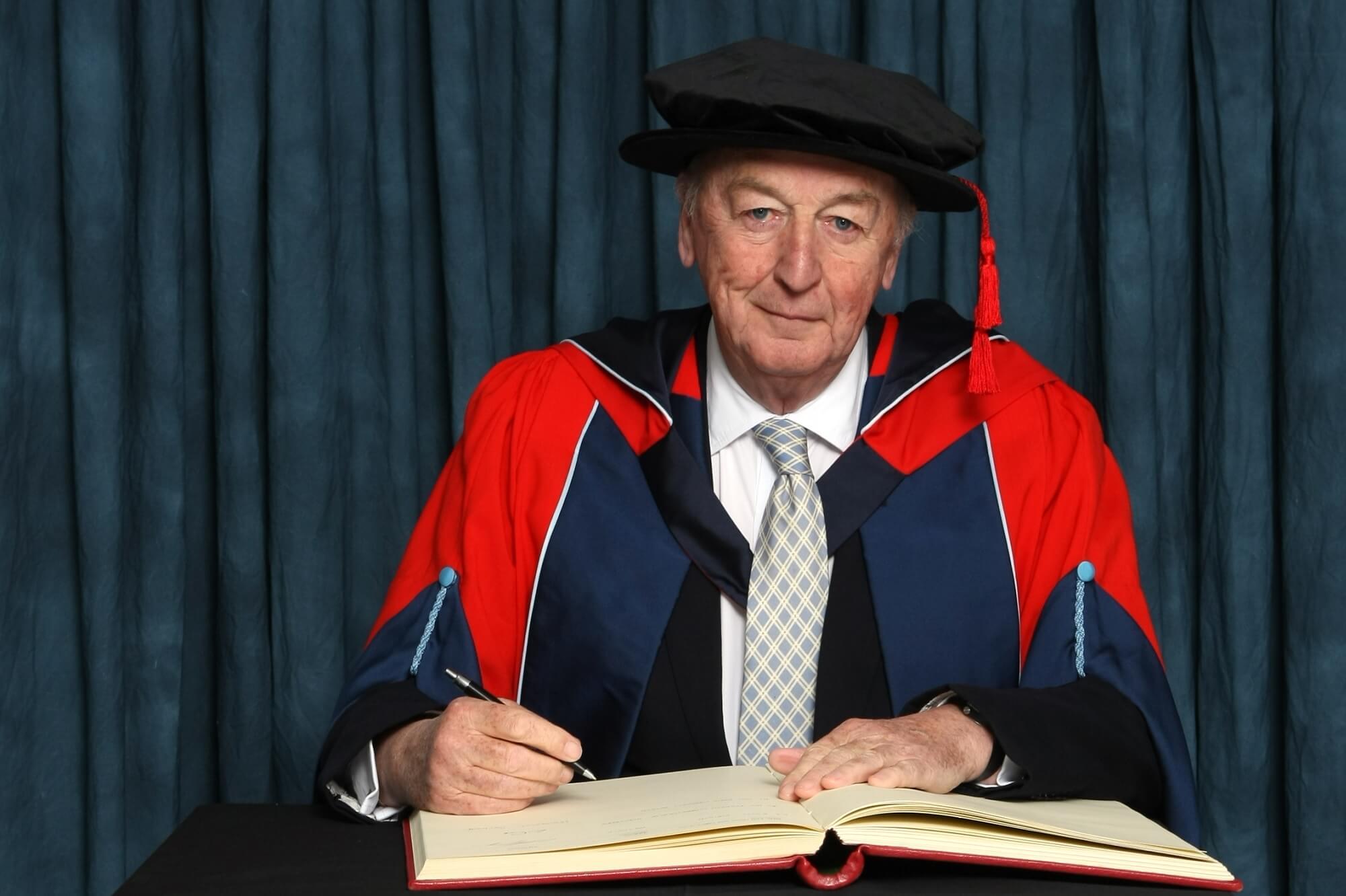 Duke of Devonshire receiving honorary degree (HonDUniv)