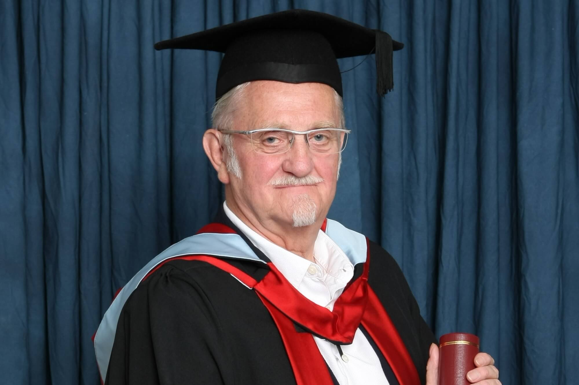 Geoff Wright receiving his honorary degree (HonMUniv)