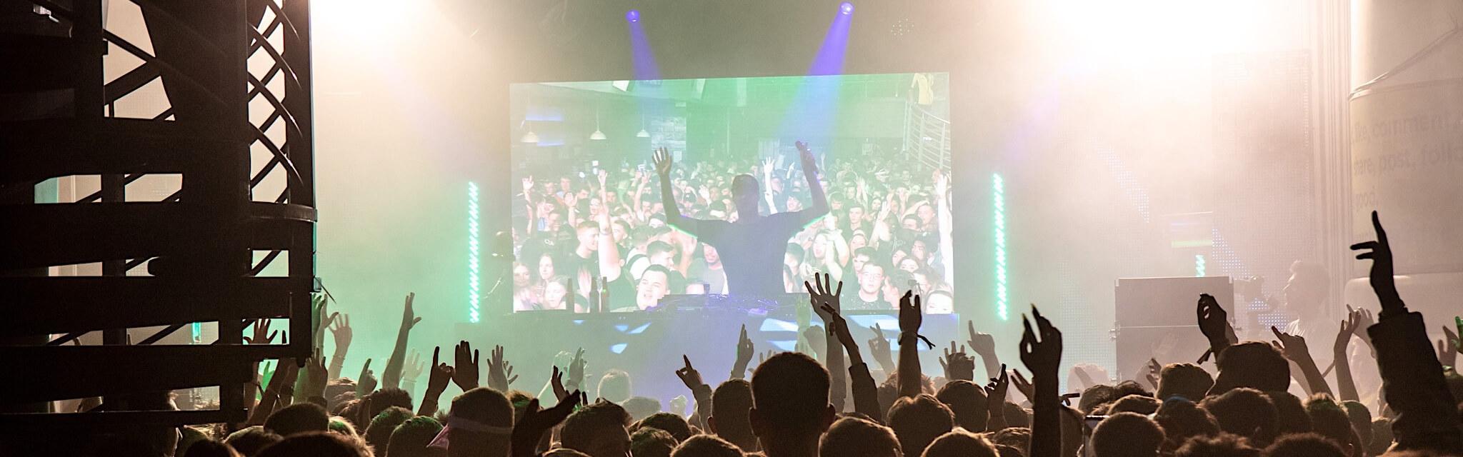 Basshunter performing at Freshers' Finalé