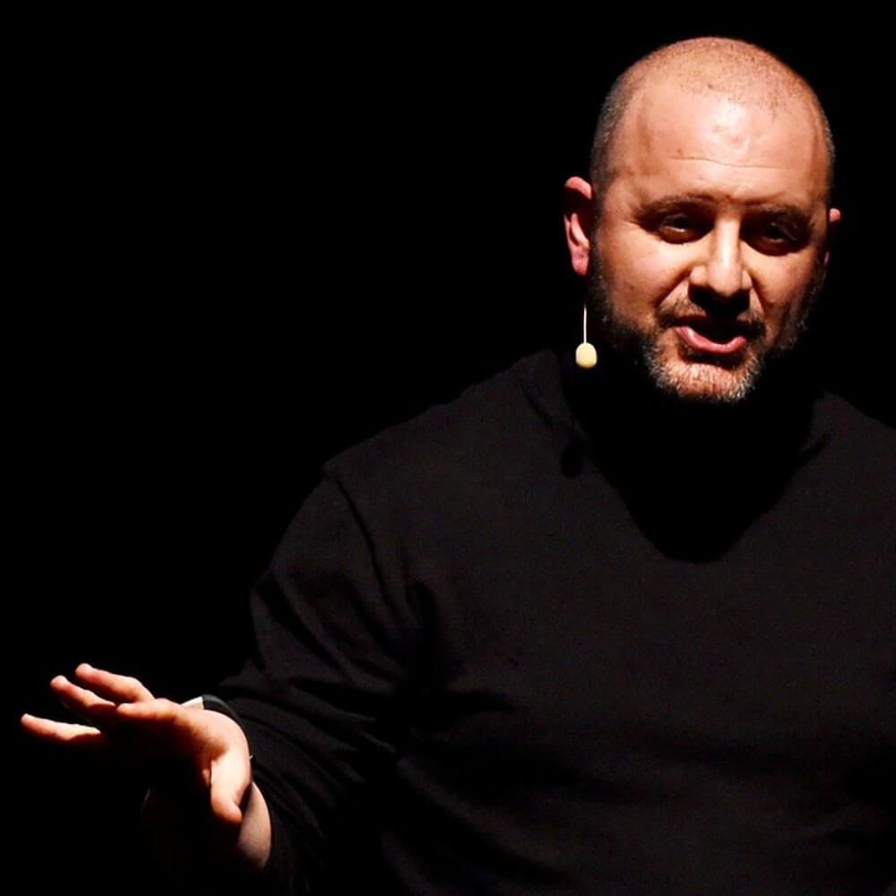 Richard Gerver giving a talk