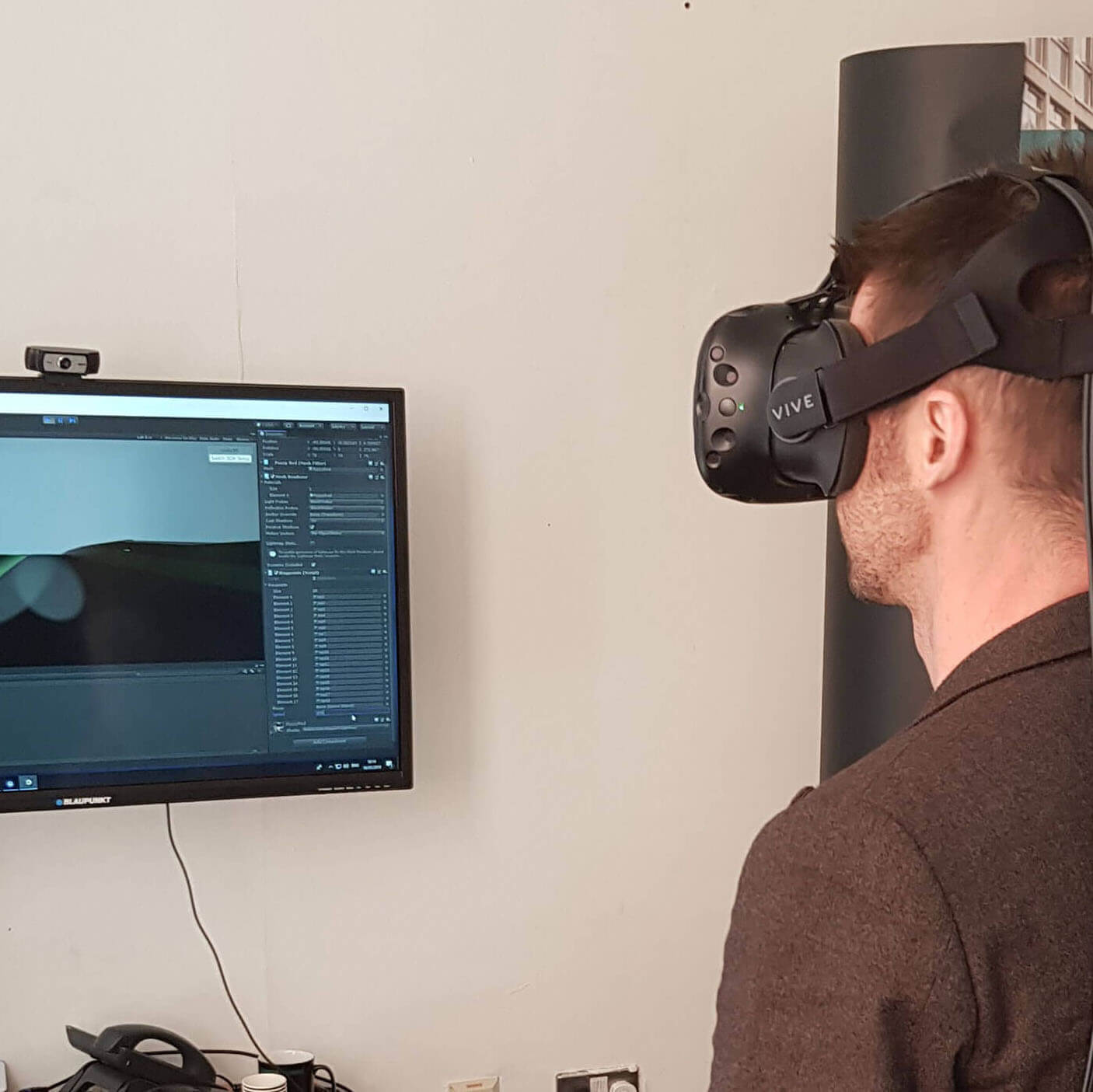 using virtual reality goggles to test new transport infracstucture