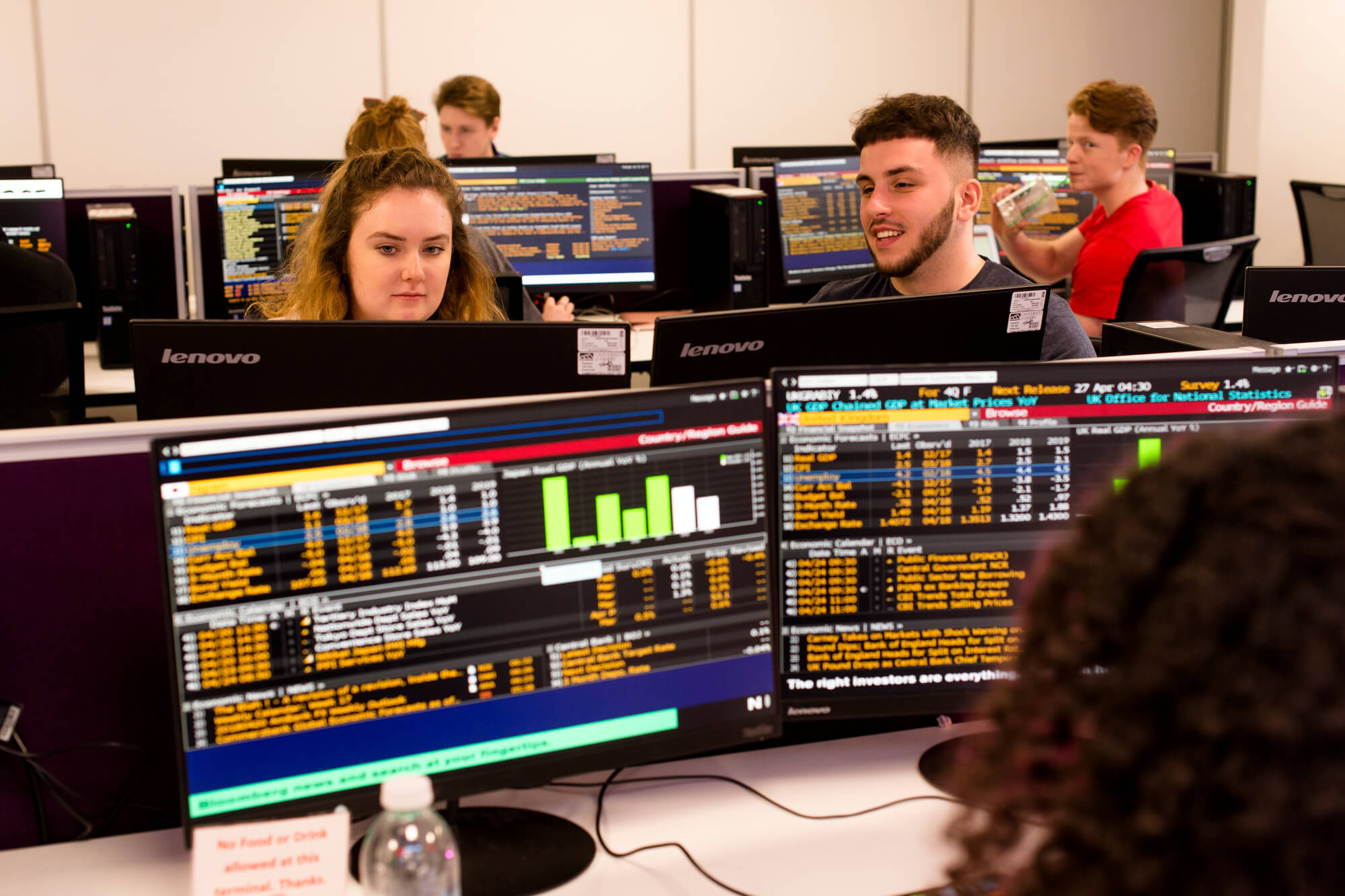 Students in the Bloomberg Trading Room