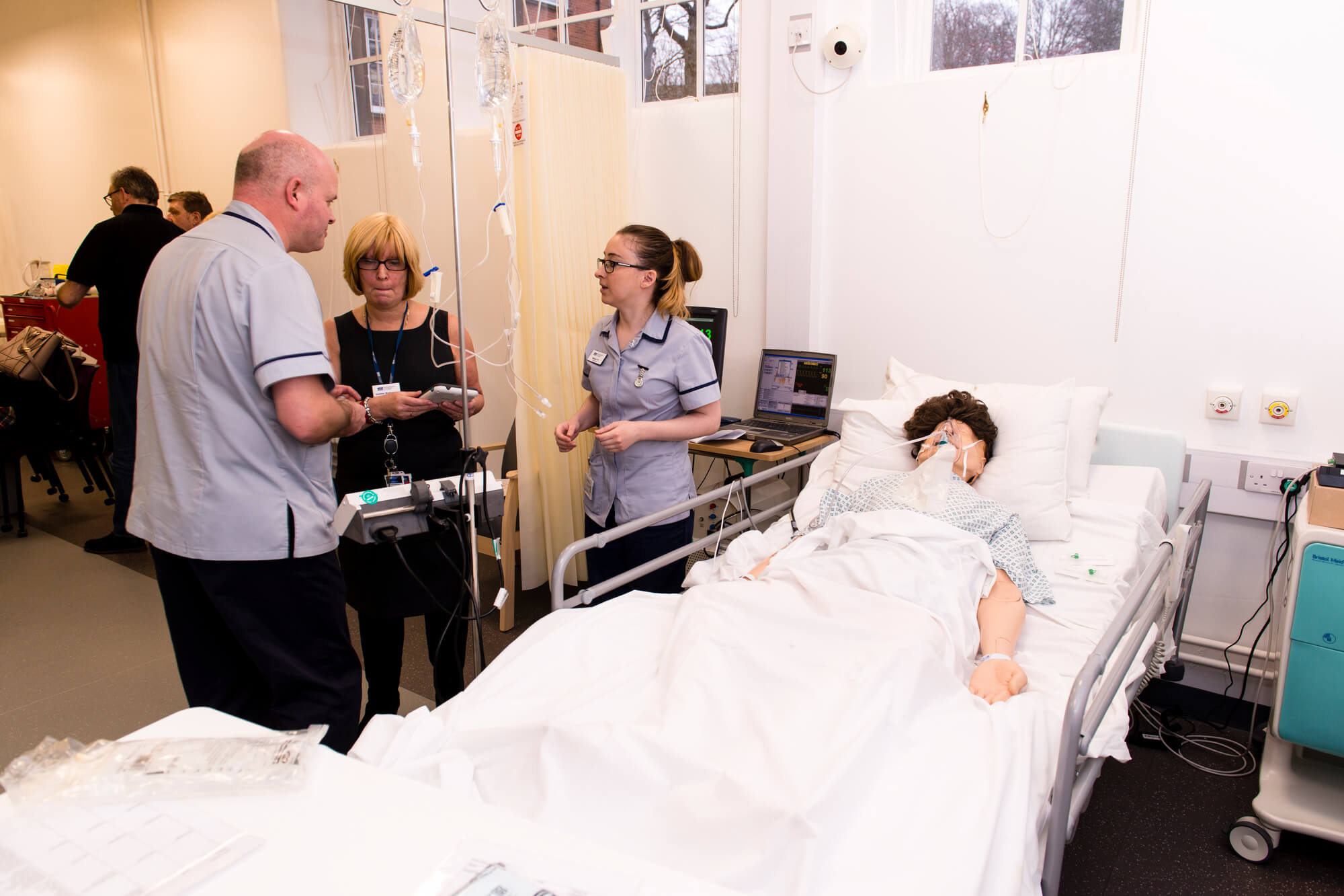 nursing students using dummy patients in the clinical skills suite