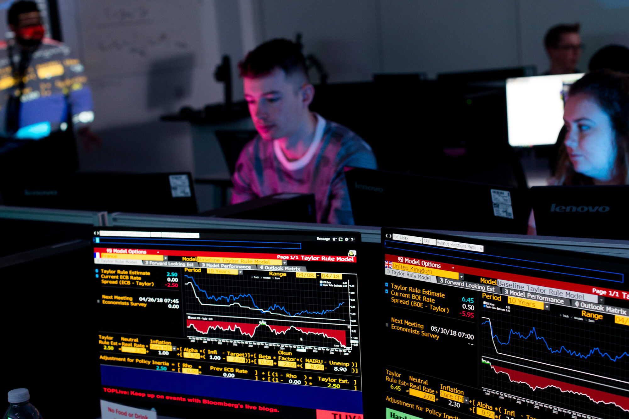 Students in Bloomberg Lab