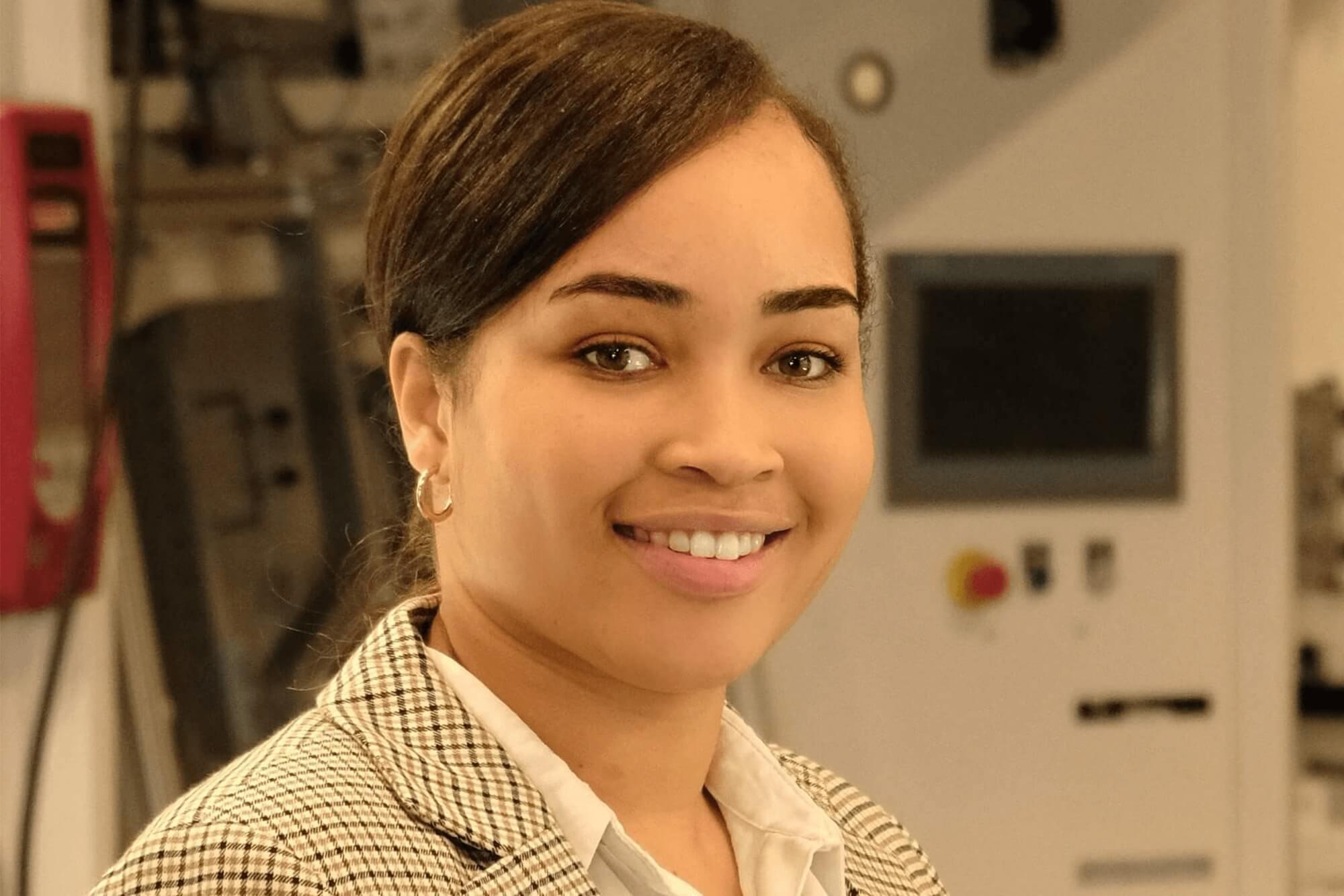 Sorria Douglas at work