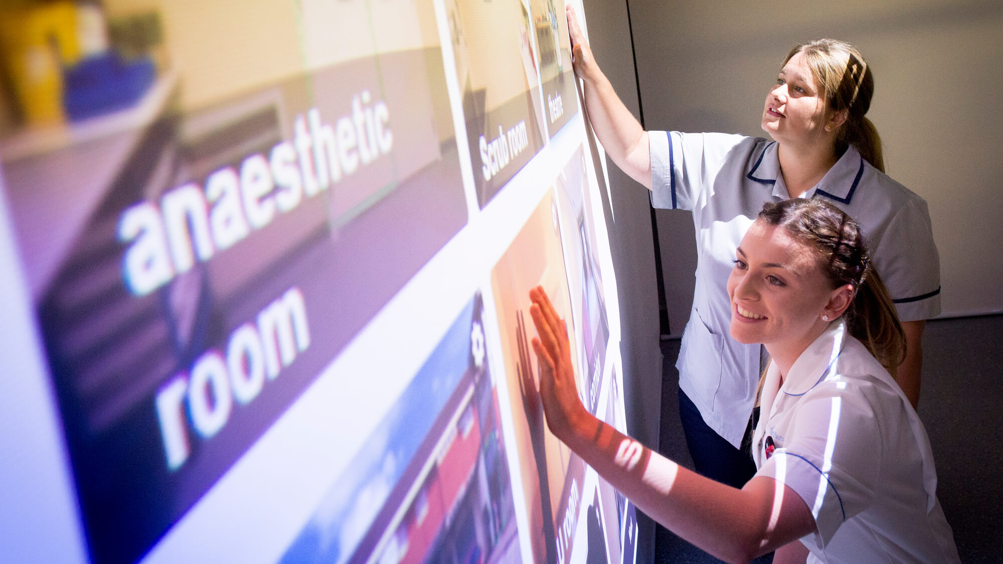 Student nurses in the immersive suite