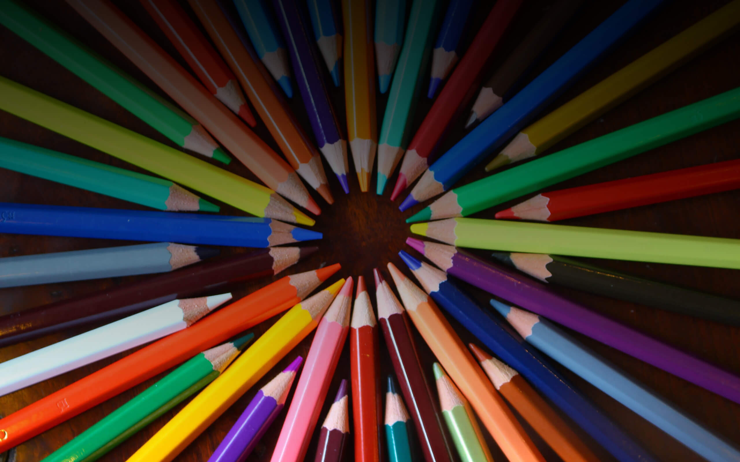 a fan of pencil crayons