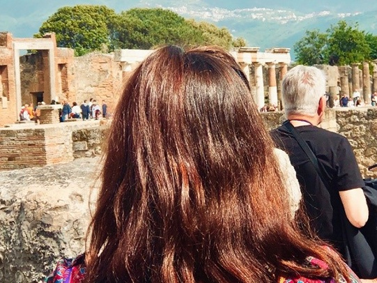 Tamzin at the Forum in Rome