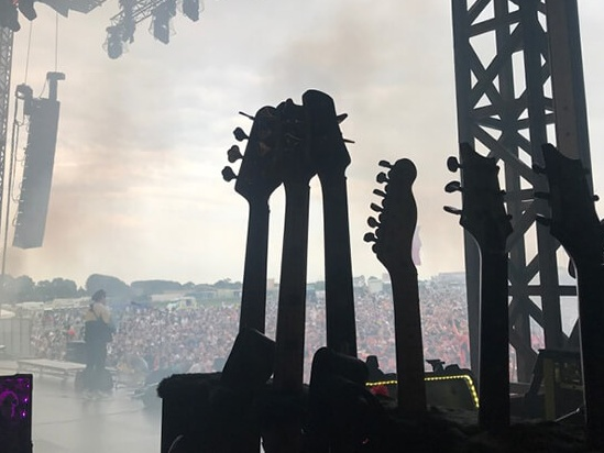 Guitar and fans
