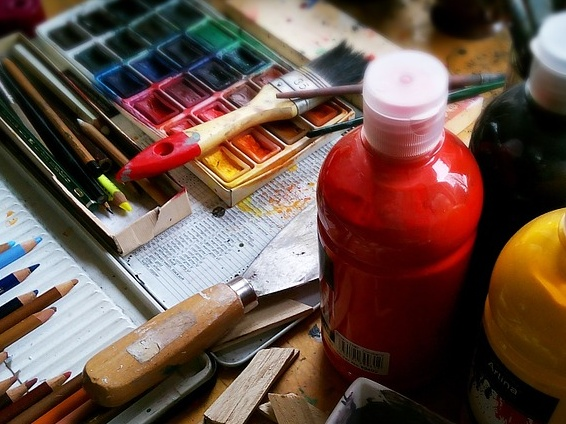 Paints and colours