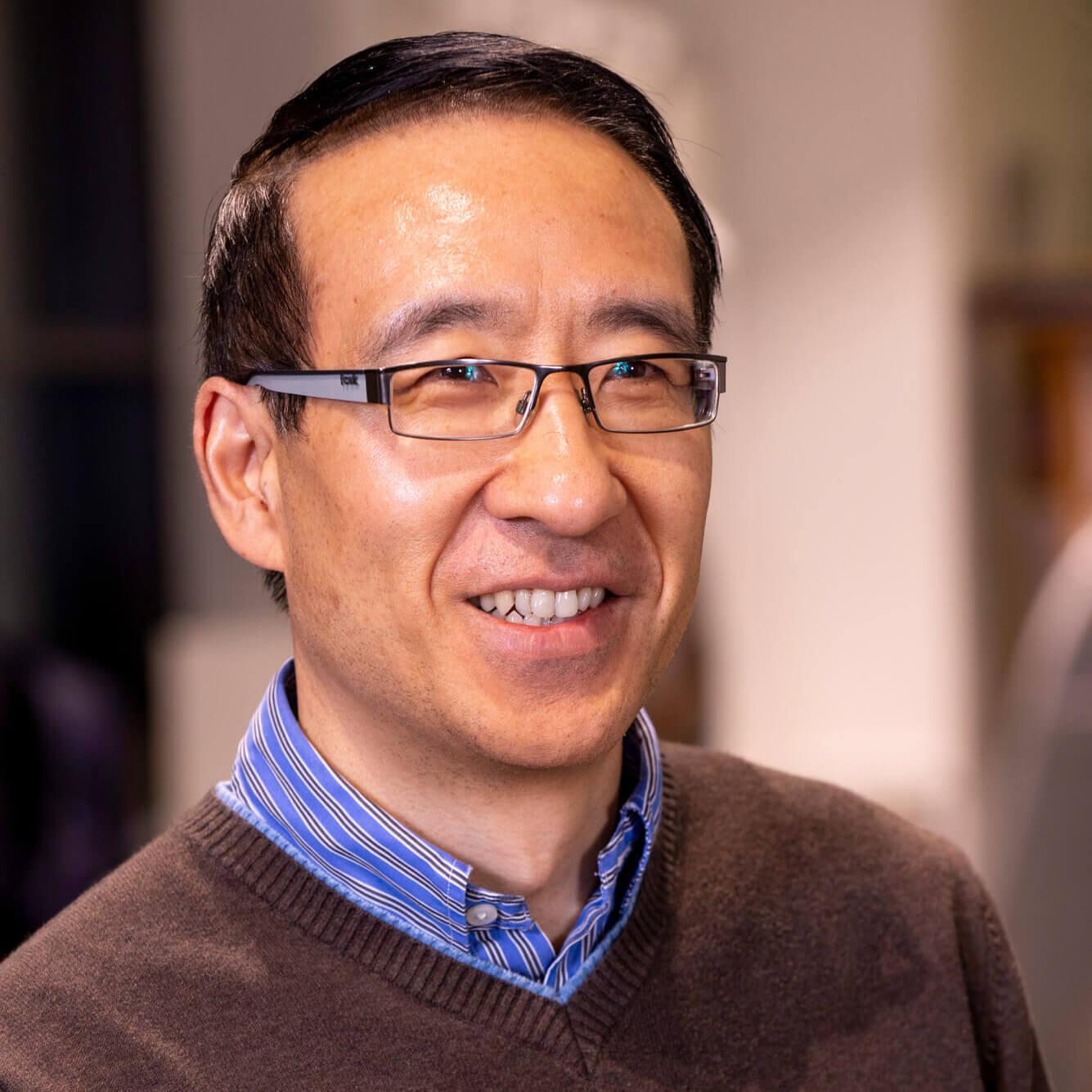 Zhiyin Yang
